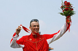 Simon_whitfield_beijingjpeg_2